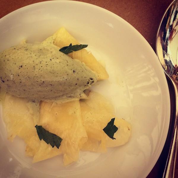 Ananas marinato e gelato Irene Firenze
