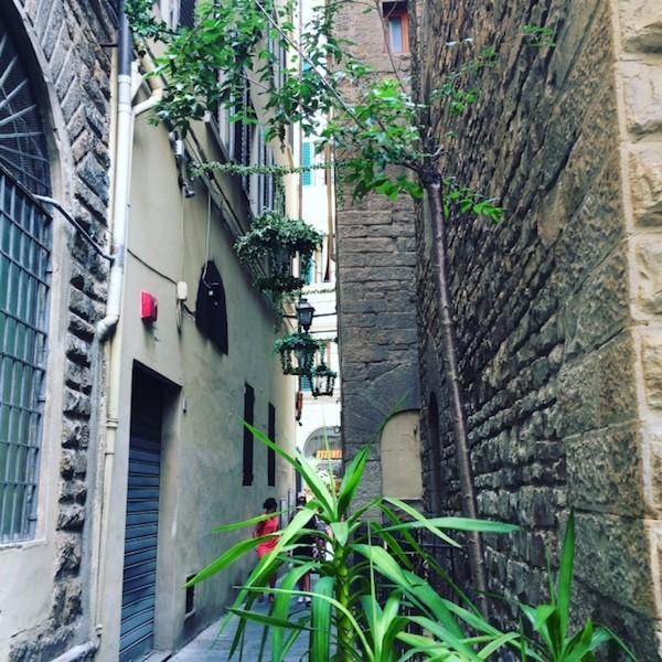Piazzetta dei tre Firenze Serre Torrigiani