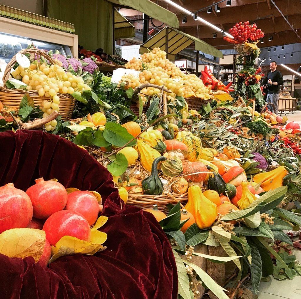 Frutta di stagione a FICO